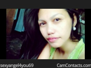 Webcam model sexyangel4you69 from CamContacts