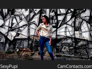 Webcam model SexyPupi from CamContacts