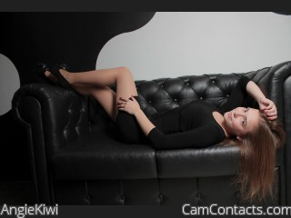Webcam model AngieKiwi from CamContacts