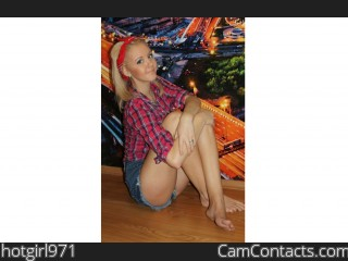 Webcam model hotgirl971 from CamContacts