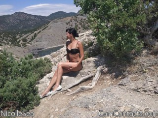 Webcam model NicolleSea from CamContacts