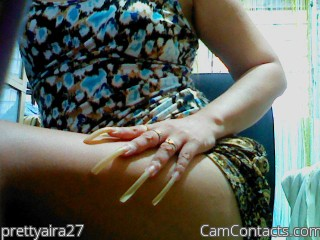 Webcam model prettyaira27 from CamContacts