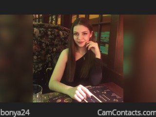 Webcam model bonya24 from CamContacts