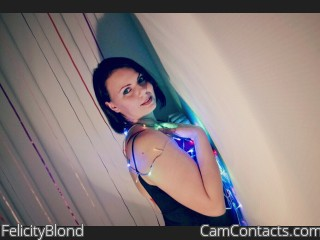 Webcam model FelicityBlond from CamContacts