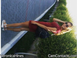 Webcam model VeronicaHines from CamContacts