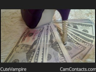 Webcam model CuteVampire from CamContacts