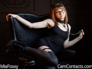 Start VIDEO CHAT with MiaFoxxy