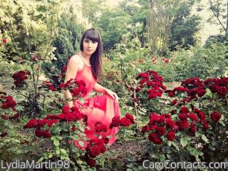 Webcam model LydiaMartin98 from CamContacts