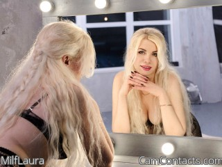 Webcam model MilfLaura from CamContacts
