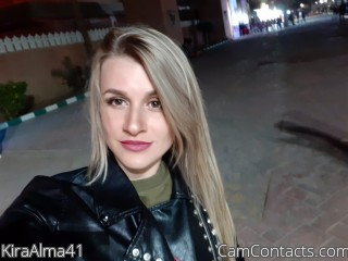 Webcam model KiraAlma41 from CamContacts