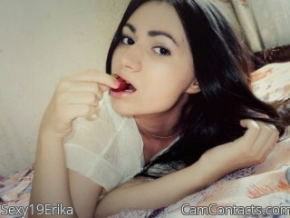 Webcam model Sexy19Erika from CamContacts