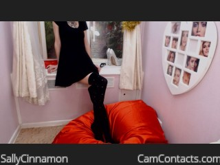 Webcam model SallyCinnamon from CamContacts