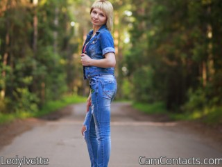 Webcam model LedyIvette from CamContacts