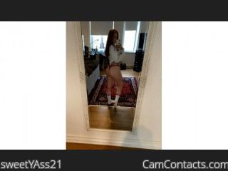 Webcam model sweetYAss21 from CamContacts