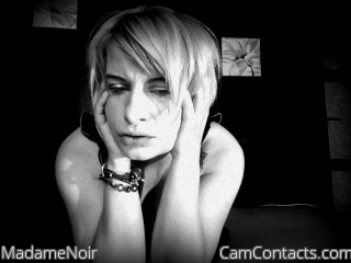Webcam model MadameNoir from CamContacts