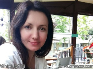 Webcam model WhiteLily333 from CamContacts