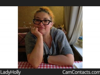 Webcam model LadyHolly from CamContacts