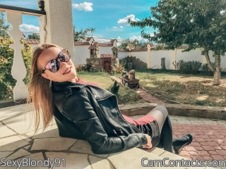 Webcam model SexyBlondy91 from CamContacts