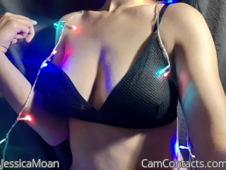 Webcam model JessicaMoan from CamContacts