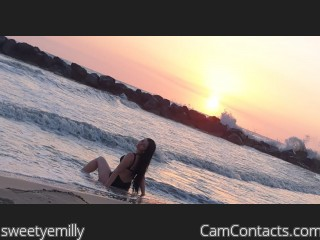 Webcam model sweetyemilly from CamContacts