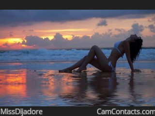 Webcam model MissDijadore from CamContacts