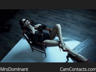 Webcam model MrsDominant from CamContacts