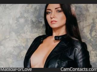 Webcam model MatildaForLove from CamContacts