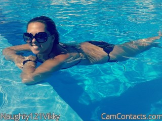 Webcam model Naughty121Vikky from CamContacts