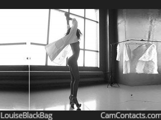 Webcam model LouiseBlackBag from CamContacts