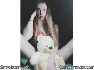 Webcam model Strawberrryyy from CamContacts