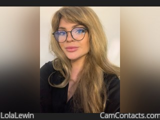 Webcam model LolaLewin from CamContacts