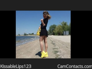 Webcam model KissableLips123 from CamContacts