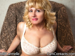 Webcam model MilfCarmelle from CamContacts