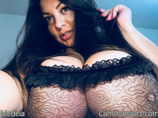 Webcam model Medeia from CamContacts