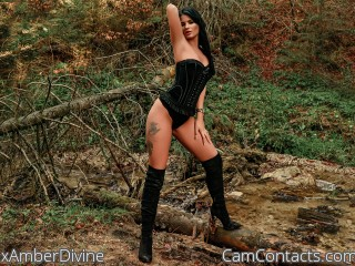 Webcam model xAmberDivine from CamContacts