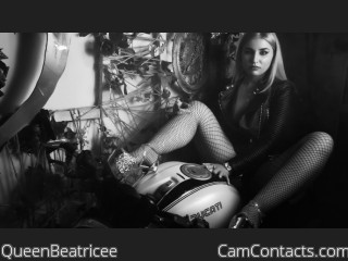 Webcam model QueenBeatricee from CamContacts
