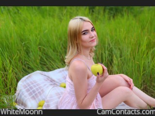 Webcam model WhiteMoonn from CamContacts