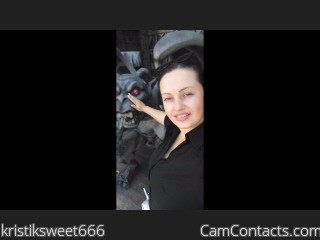 Webcam model kristiksweet666 from CamContacts
