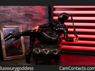 Webcam model luxxxurygoddess from CamContacts
