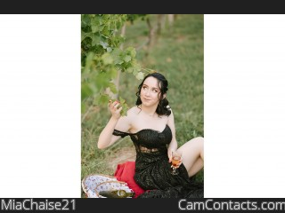 Webcam model MiaChaise21 from CamContacts