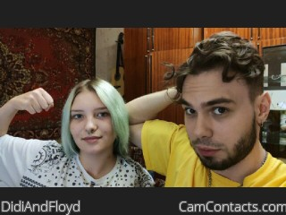 Webcam model DidiAndFloyd from CamContacts