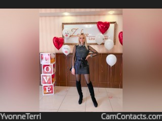 Webcam model YvonneTerri from CamContacts