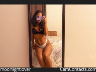Webcam model moonlightlover from CamContacts