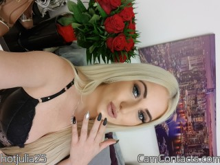 Webcam model hotjulia25 from CamContacts