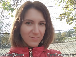 Webcam model DebbieQMoon from CamContacts