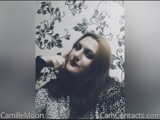 Webcam model CamilleMoon from CamContacts