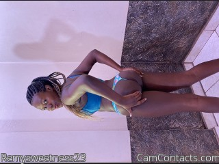 Webcam model Remysweetness23 from CamContacts