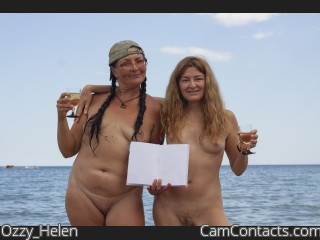 Webcam model Ozzy_Helen from CamContacts