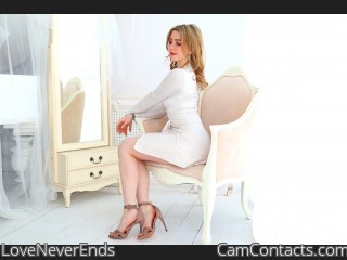 Webcam model LoveNeverEnds from CamContacts