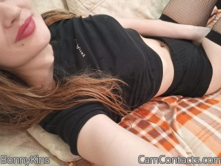 Webcam model BonnyKins from CamContacts